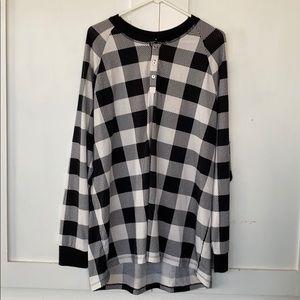 Lularoe Black And White Patterned Long Sleeve